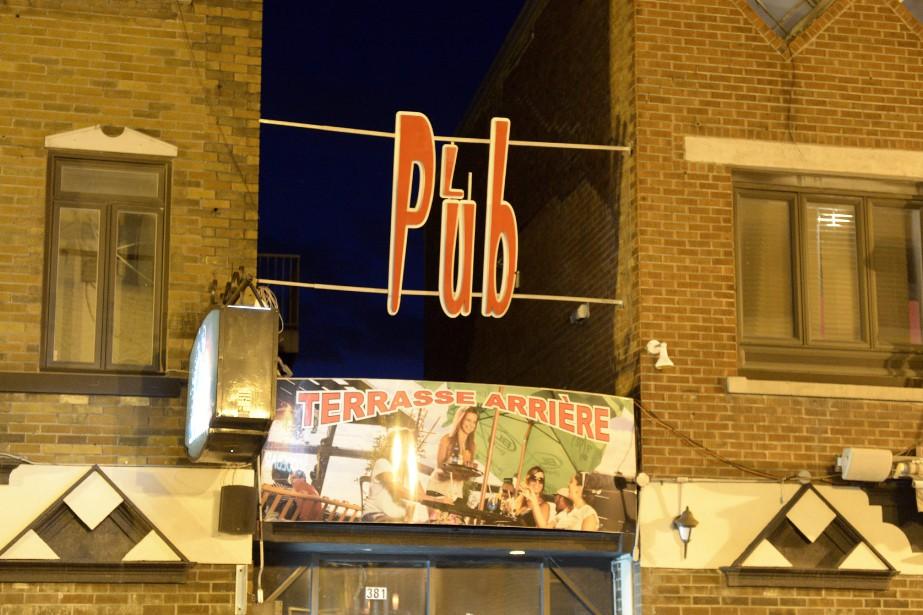 Le Pub Racine (Photo Le Progrès-dimanche, Jeannot Lévesque)