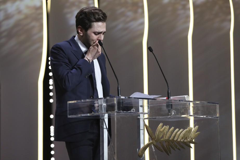 Certainsjournalistes se sont moqués du discours très émotif prononcé par le jeune homme après avoir reçu le Grand prix. (AFP, Valery Hache)