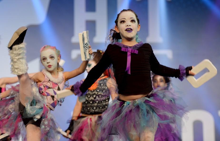 Près de 3700 danseurs - un record pour l'organisation - ont pris d'assaut le Centre des congrès et d'expositions de Lévis. (Le Soleil, Erick Labbé)