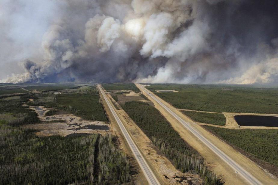 Une vue aérienne de l'autoroute 63, au sud... (Photo archives Reuters)