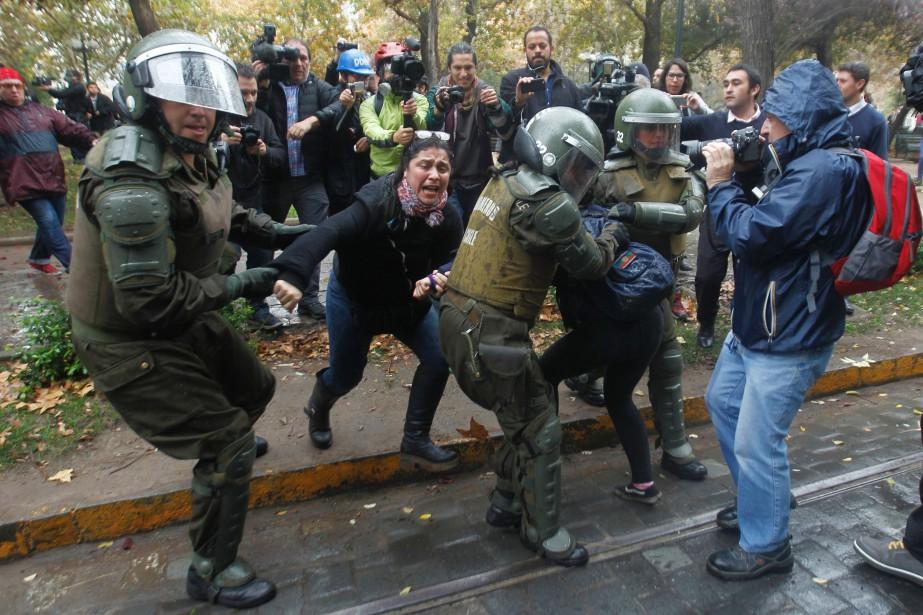Selon des chiffres de la police communiqués à... (PHOTO CLAUDIO REYES, AFP)
