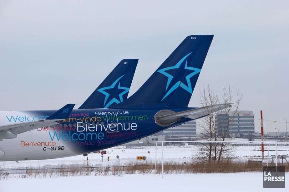 Prendre un avion de la compagnie AirTransat à... (PHOTO ROBERT SKINNER, archives LA PRESSE)