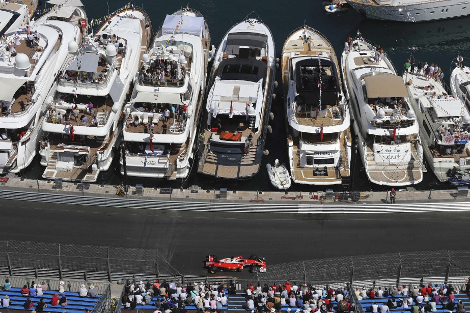 Sebastian Vettel (Ferrari) aux qualifications près du port de Monaco (AFP, Valery HACHE)