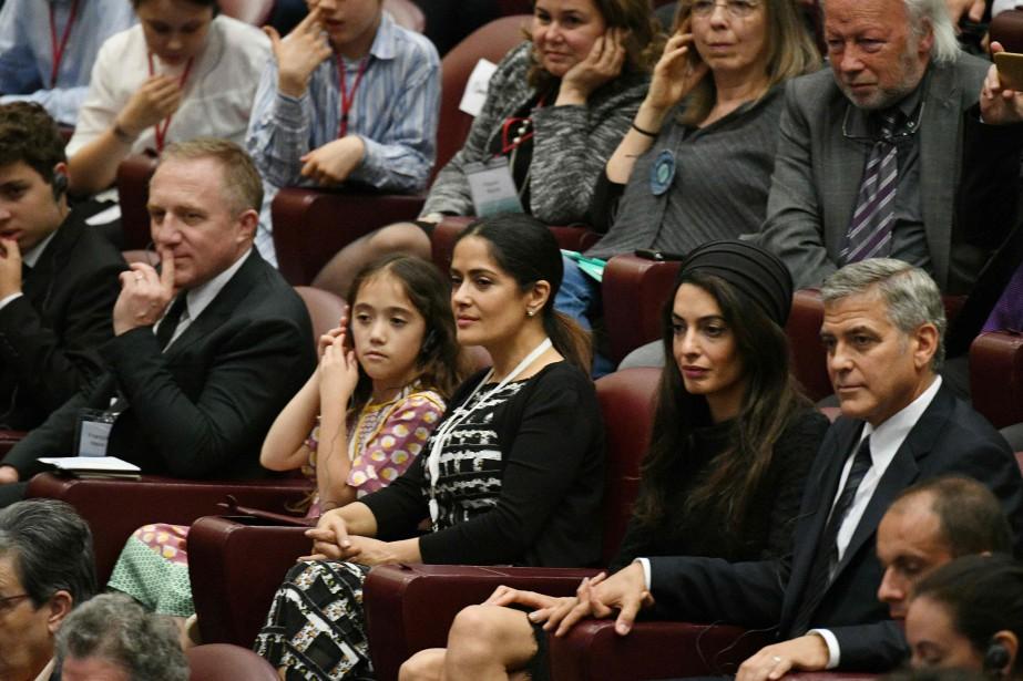 Salma Hayek était accompagnée de sa fille Valentina... (photoVINCENZO PINTO, agence france-presse)
