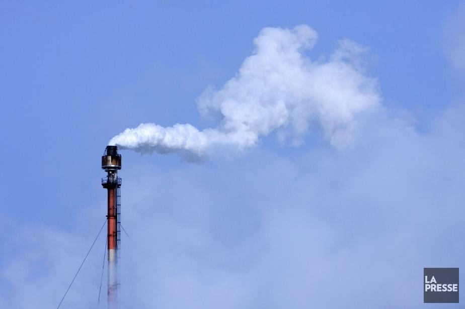 Seulement 43 émetteurs assujettis ont participé à l'enchère... (PHOTO ALAIN ROBERGE, ARCHIVES LA PRESSE)
