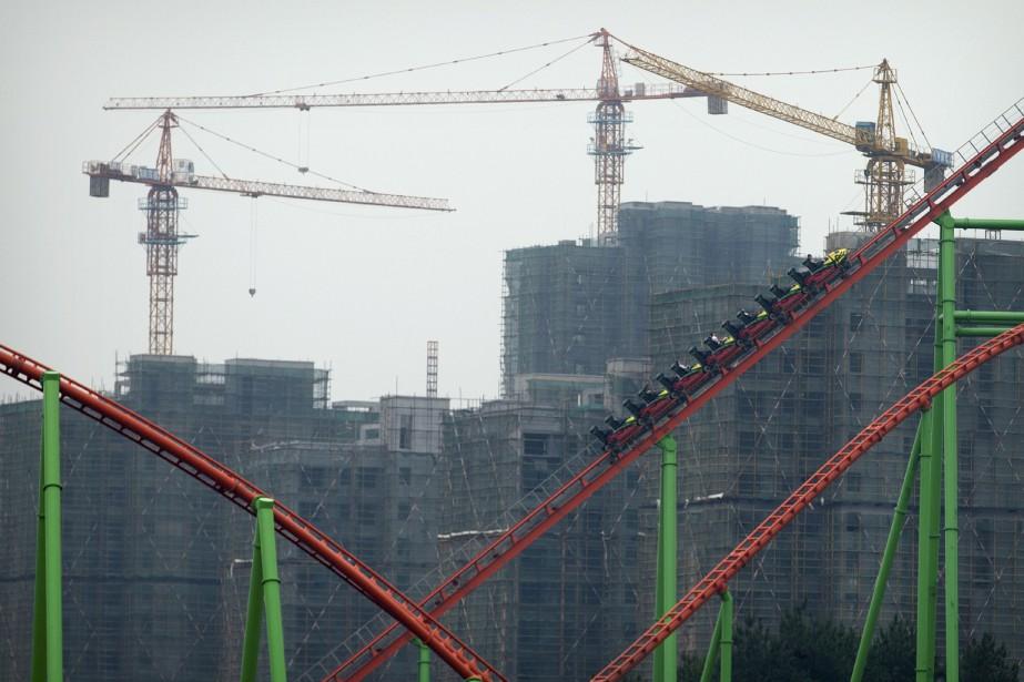 La Wanda City accueille les «plus hautes montagnes russes» de Chine. (AP, Mark Schiefelbein)