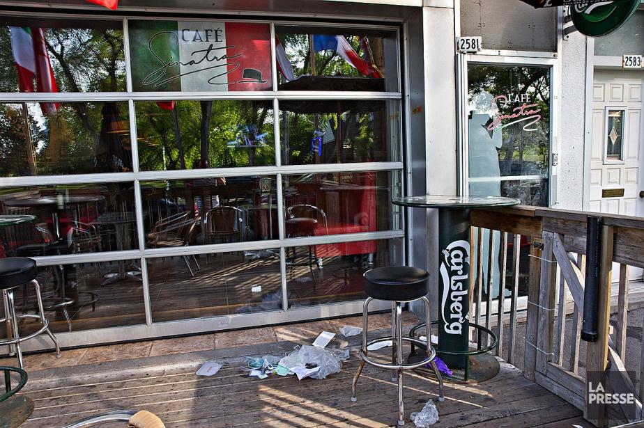 Le café Sinatra est fréquenté régulièrement par des... (Photo Patrick Sanfaçon, La Presse)