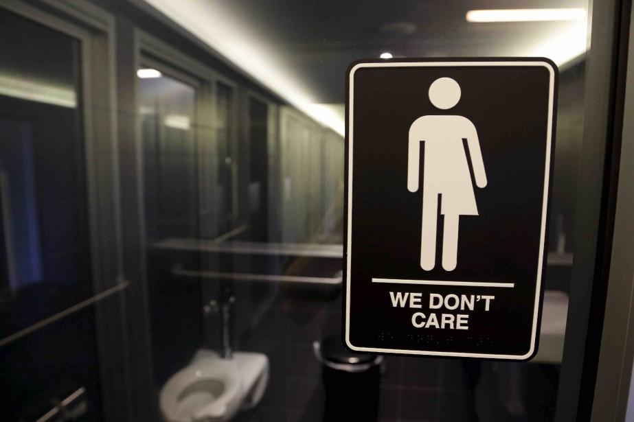 La «bataille des toilettes» devait être tranché le... (Archives AP)
