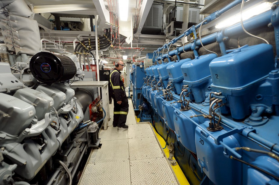 Le bateau, qui sert à des missions scientifiques, amène avec lui beaucoup d'équipement. (Le Soleil, Erick Labbé)