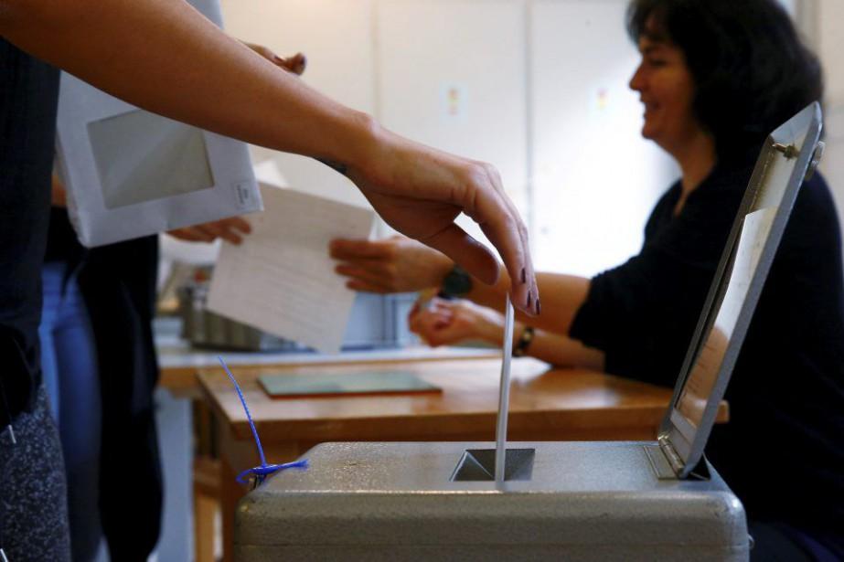 L'initiative populaire «pour un revenu de base inconditionnel»... (PHOTO RUBEN SPRICH, REUTERS)