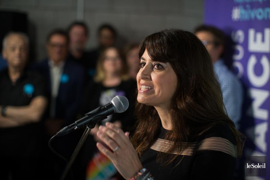 Véronique Hivon a inauguré sonlocal de campagne, dimanche,... (Photothèque Le Soleil)