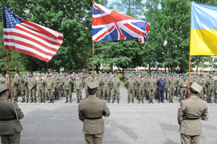 Les unités de cette brigade devraient être déployées... (PHOTO AP)