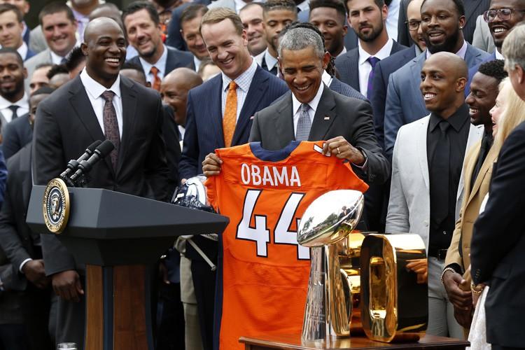 Barack Obama a rappelé à la foule réunie... (PHOTO REUTERS)