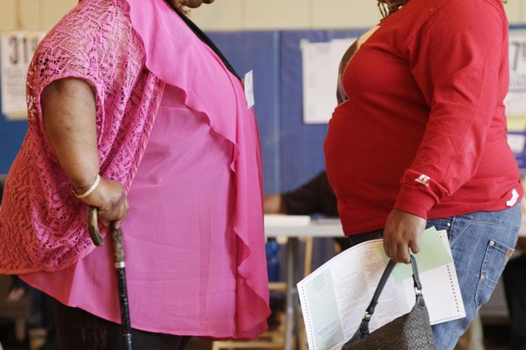 L'obésité, qui est liée aux maladies cardiovasculaires, au... (ARCHIVES AP)