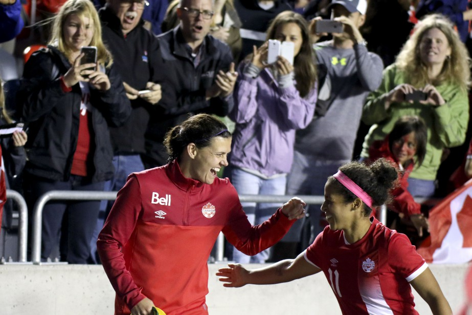Christine Sinclair (Patrick Woodbury, LeDroit)