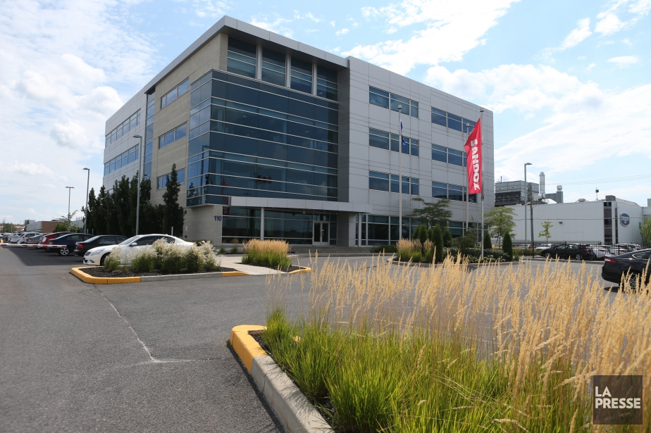 L'usine de fabrication de médicaments Sandoz Canada de... (Photo Martin Chamberland, archives La Presse)