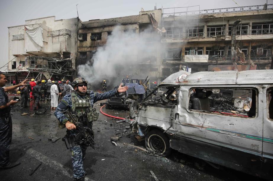 Dans un secteur à prédominance chiite de Bagdad,... (PHOTO AHMAD AL-RUBAYE, AFP)