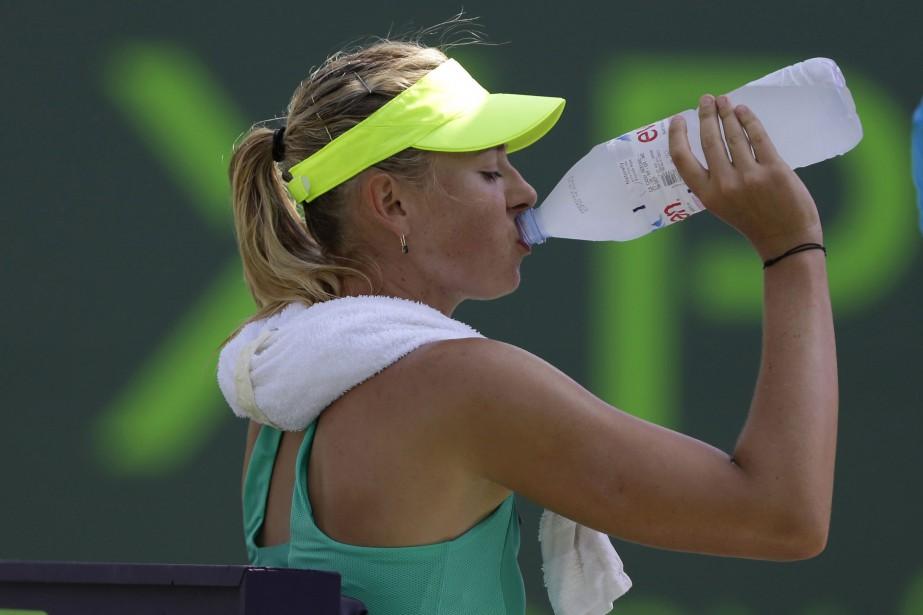 Sharapova, reine du sport-business, avait annoncé elle-même le... (Photo archives AP)