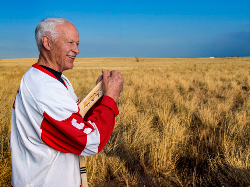 Le légendaire Gordie Howe, surnommé «Monsieur Hockey» est décédé à l'âge de 88 ans, entouré des membres de sa famille. (Photo Andrew Eccles, AP)