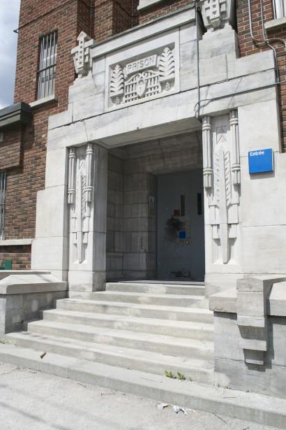 L'articulation du détail de composition de la façade, qui arbore une ordonnance et des motifs d'inspiration Art Déco. (Mélissa Bradette)
