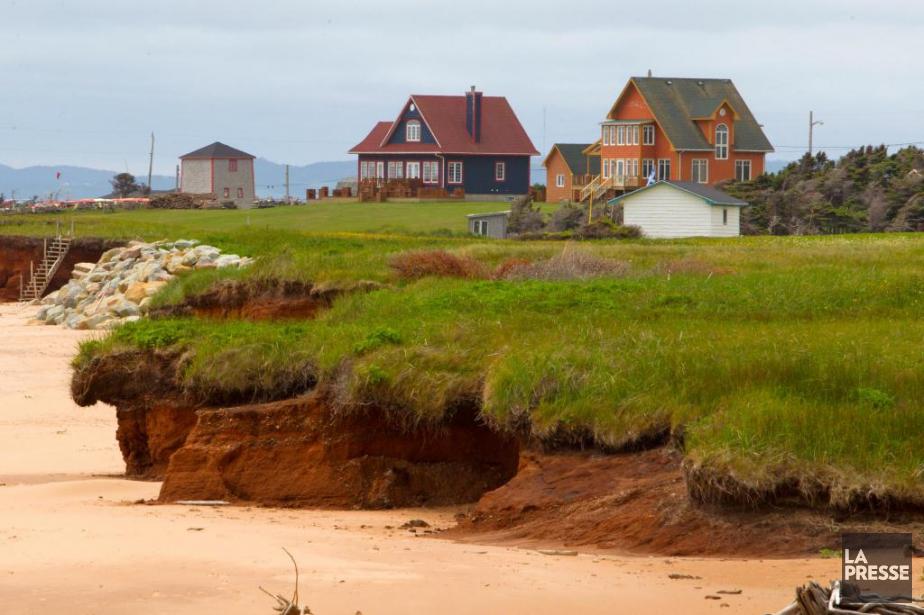 «La plage s'ajuste aux actions de la mer.... (Archives La Presse)