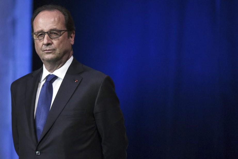 François Hollande... (PHOTO ÉTIENNE LAURENT, ARCHIVES AGENCE FRANCE-PRESSE)