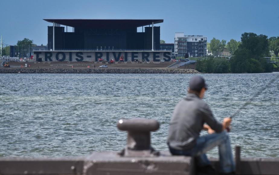 Trois rivi res aplati sans l 39 accent fran ais opinions for Accent meuble trois rivieres