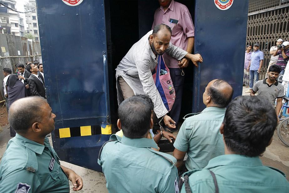 Le porte-parole de la police Kamrul Ahsan a... (PHOTO AFP)