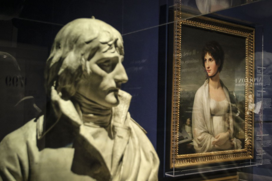 Joséphine de Beauharnais regardeNapoléon (PATRICK WOODBURY, LeDroit)