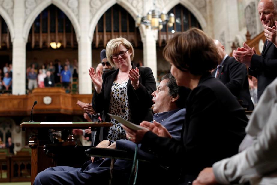 Présent au vote mercredi soir, MaurilBélanger a été... (Photo Chris Wattie, Reuters)