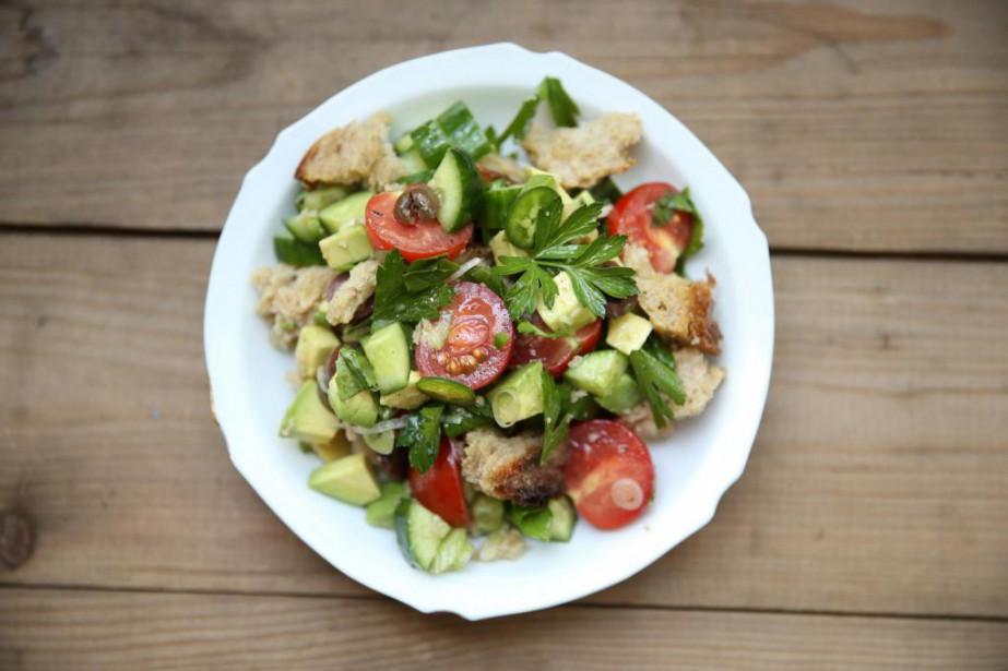 La salade de pain de David Hawksworth... (PHOTO Martin Chamberland, LA PRESSE)