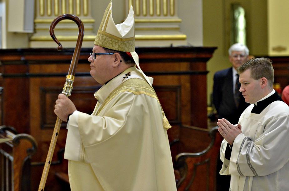 Tant son passé militaire que son implication en politique ont été soulignés de manière très solennelle, sous la présidence du cardinal Mgr Gérald-Cyprien Lacroix. (Le Soleil, Pascal Ratthé)