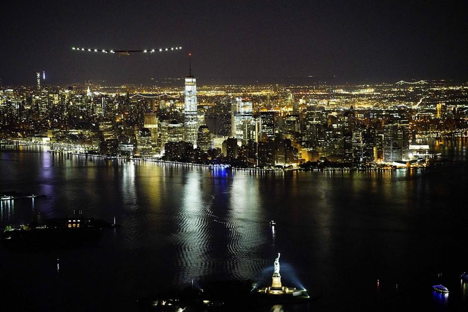 Le «SI2» a quitté New York et l'Amérique... (Photo Solar Impulse 2 via AFP)