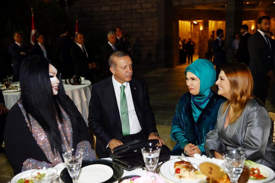 Des photos de la présidence montrent le dirigeant... (PHOTO KAYHAN OZER, AFP)