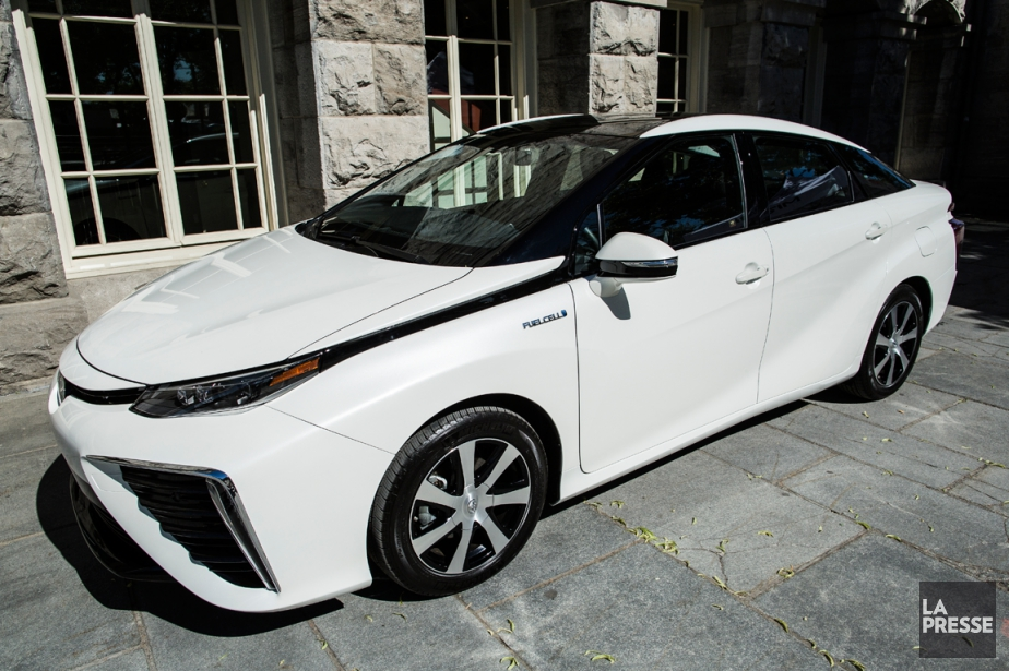 La Toyota Mirai... (Photo Edouard Plante-Fréchette, La Presse)