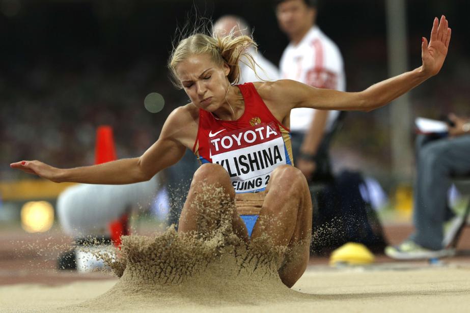 La Russe Dariya Klishina s'entraîne à la prestigieuse... (Photo Adrian Dennis, archives AFP)