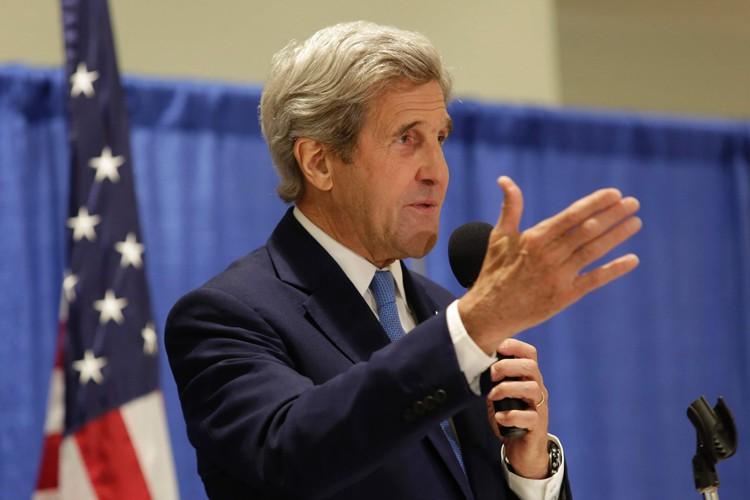 John Kerry... (PHOTO AFP)