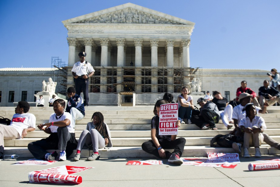 Des partisans de la discrimination positive à l'université... (PHOTO Gabriella Demczuk, ARCHIVES The New York Times)