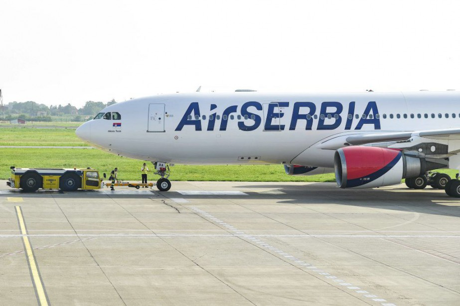 Un avion d'Air Serbia à destination de New York a décollé jeudi de... (PHOTO AFP)