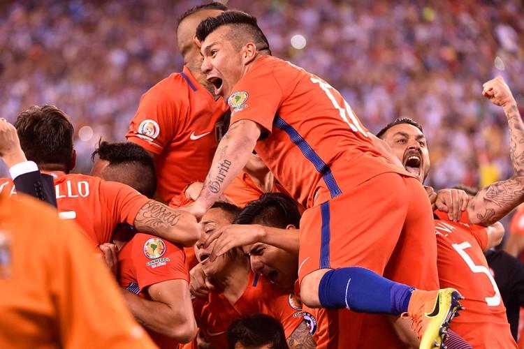 Le Chili a remporté pour la deuxième année consécutive la Copa... (PHOTO AFP)