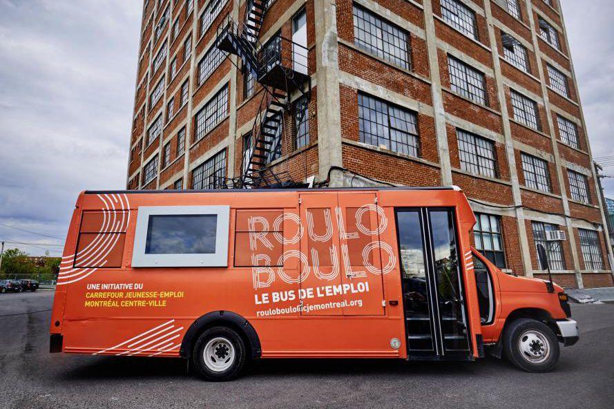 L'autobus de l'emploi, Roulo-Boulo, sera présent à divers... (PHOTO FOURNIE PAR LECJE MONTRÉAL CENTRE-VILLE)
