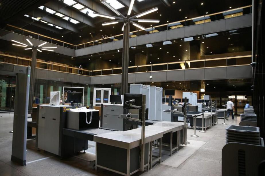 L'ajout d'arches de sécurité dans un édifice qui... (PHOTO Martin Chamberland, LA PRESSE)