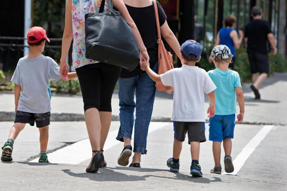 Les familles à revenus faibles ou moyens sont... (Photo Robert Skinner, Archives La Presse)