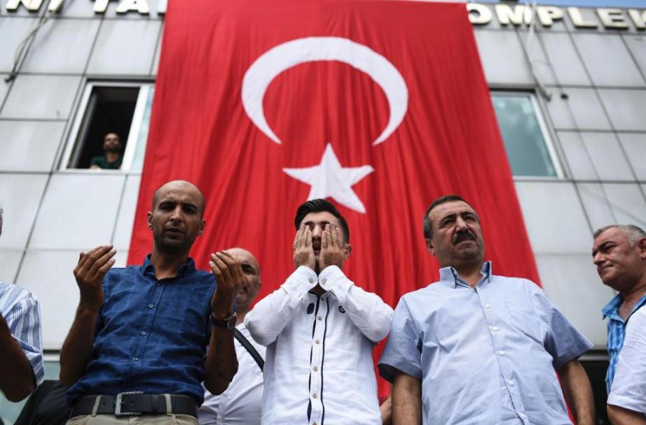 «Perçue autrefois comme un pays stable, la Turquie... (PHOTO BULENT KILIC, Agence France-Presse)
