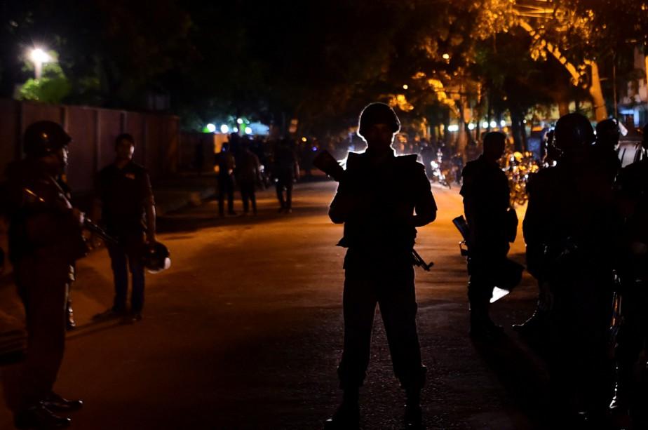 Une dizaine d'individus armés ont attaqué le restaurant... (Photo archives AFP)