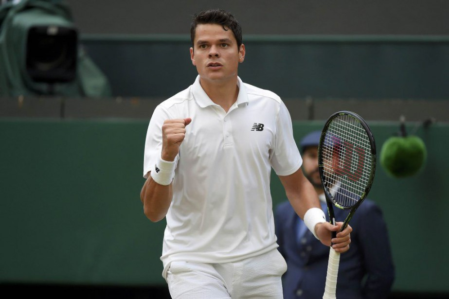 Milos Raonic... (PHOTO TOBY MELVILLE, REUTERS)