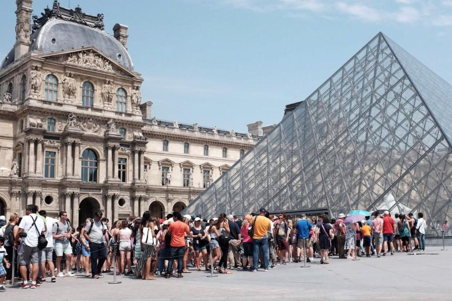 Le musée du Louvre, le plus fréquenté du... (PHOTO ARCHIVES AFP)