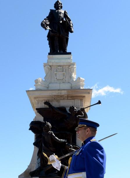 La traditionnelle garde d'honneur avec musique du Royal 22<sup>e </sup>Régiment (Le Soleil, Erick Labbé)