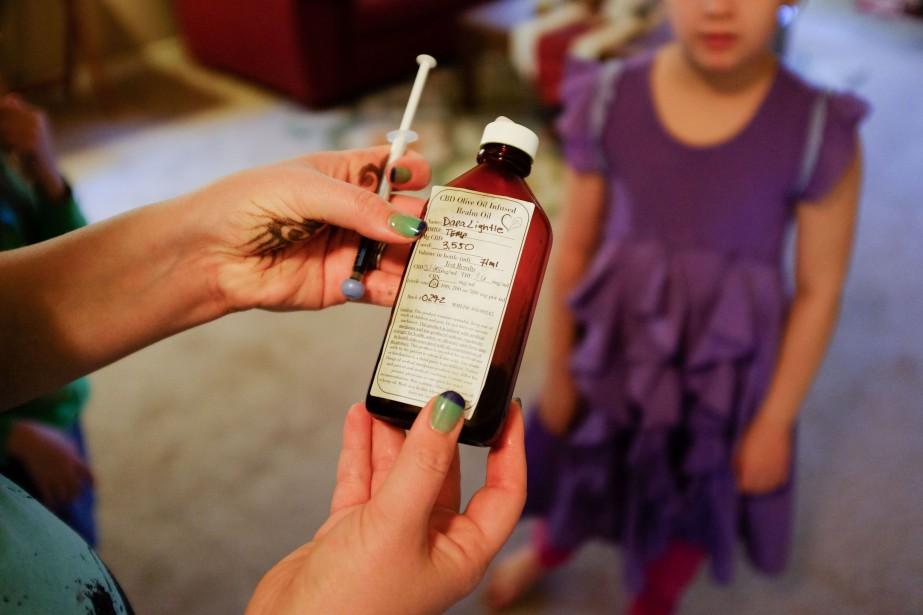 Les parents d'enfants épileptiques qui étaient soignés au... (PHOTO ARCHIVES NEW YORK TIMES)