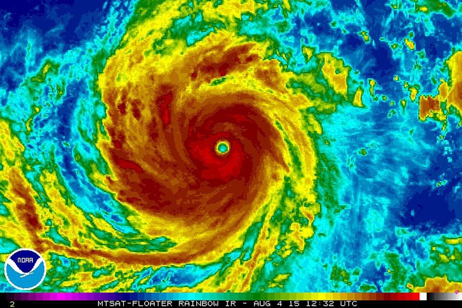 Le typhon Nepartak, qui se trouvait à 9h00... (Photo archives Reuters)